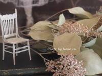 シックな色のドライフラワーと部屋作り - 小さな花アトリエ