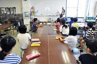 児童画クラス落語を聞いて絵にしよう! - 大阪の絵画教室 アトリエTODAY