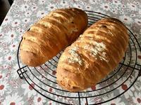 オニオンチーズブレッド - カフェ気分なパン教室  *・゜゚・*ローズのマリ