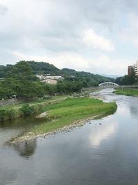 金沢浅野川あたりちょろりとお散歩 - お花に囲まれて