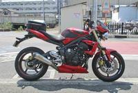オージー兄ぃ号 ストリートトリプル675の仕様変更♪ - バイクパーツ買取・販売&バイクバッテリーのフロントロウ!