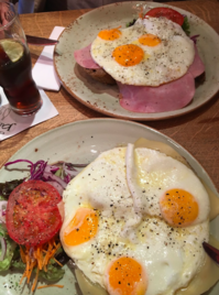 感じの悪いカフェレストラン/マーストリヒト・マルクト広場 - Nederlanden地位向上委員会