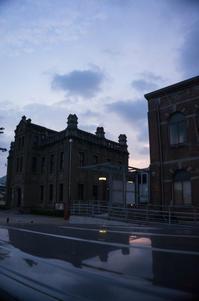 朝5時過ぎ、門司駅まで送りの帰り道。 - gen-design-blog