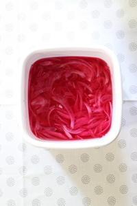 赤玉ねぎの甘酢づけと我が家の酢 - クラシノカタチ