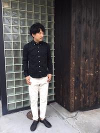 定番にして、常に人気上位な万能シャツ。 - AUD-BLOG:メンズファッションブランド【Audience】を展開するアパレルメーカーのブログ
