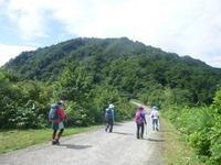 医王山 (939.1M)  スリル満点のトンビ岩に登る - 風の便り