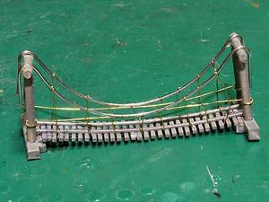 つり橋 完成 - みやび鉄道の右往左往