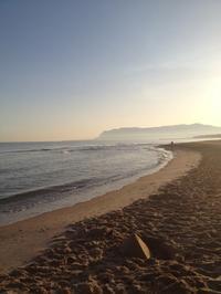 早朝の海辺散歩 - ボローニャとシチリアのあいだで2