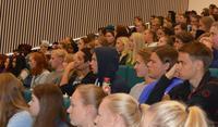 育休候補、大学生候補が国会議員になれる国(ノルウェー) - FEM-NEWS
