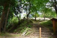 太平記を歩く。その131「高城山」奈良県吉野郡吉野町 - 坂の上のサインボード