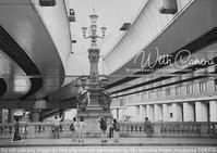 あとからPhotoshopモノクロ化でクラシック日本橋。ZEISS Loxia 2/50はガチでデストーションなしですよ。 - 東京女子フォトレッスンサロン『ラ・フォト自由が丘』-写真とフォントとデザインと現像と-