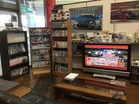 おじさんの溜まり場(´ー`)|HKS-TF - HKSの直販店 HKSテクニカルファクトリーのblog。商品販売、取付お任せください。048-421-0508