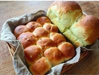 抹茶食パンとナッツ&ドライフルーツのちぎりパン… - miyumiyu cafe