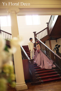 ピンクとラベンダーのバイカラーのドレスにあわせるティアドロップブーケ - Ys Floral Deco Blog