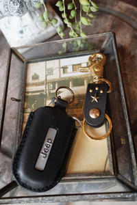 KEY CASE ! / Jeep - 'One World   /God bless you