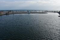 夏がおわっても海辺が好きなひとたち - 素顔のままで