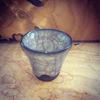 氷裂貫入月白瓷   ぐい呑 - 陶芸ブログ 限 無 窯    氷裂貫入青瓷の世界