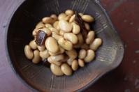 暑い日に豆を煮る - もるとゆらじお
