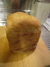 あずき食パン - ごまめのつぶやき