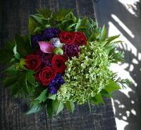 開業のお祝いにアレンジメント。菊水1条にお届け。2017/09/05。 - 札幌 花屋 meLL flowers