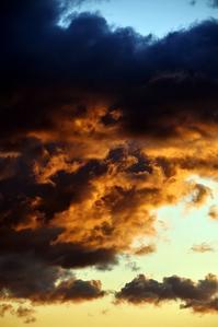 怪しい雲行き - 写心食堂