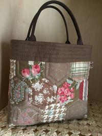 小ぶりなヘキサゴンのバッグ - てしごと sataya