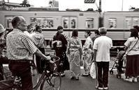 「郷愁の踏切り」2001年、墨田区 - 藤居正明の東京漫歩景