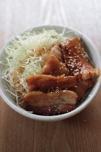 簡単レシピ豚バラ丼 - Happy Days