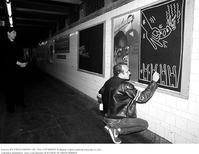 キース・へリングの「始まりは、落書きさ・・・」 - 続・感性の時代屋