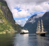 ノルウェー フィヨルド観光その 3 - 天使と一緒に幸せごはん