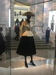 クリスチャン・ディオールの展覧会 - 東京の居候