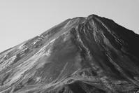 29年9月の富士(13)番外編モノクロの富士 - 富士への散歩道 ~撮影記~