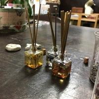 アロマなミニハーバリウムリードディフーザー(ながっ!) - 千葉の香りの教室&香りの図書室 マロウズハウス