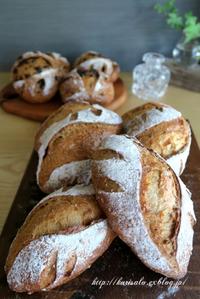 黒糖パン・食パン - KuriSalo 天然酵母ちいさなパン教室と日々の暮らしの事