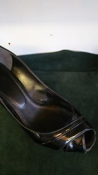 パンプスの内側(ライニング部分修理) - 靴修理工房ルーリッジ荻窪ブログ