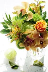 マロンなブーケ?(アイロニー花deレッスン) - お花に囲まれて