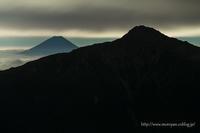 夜の富士山 - moroyanのドタバタ夜景日記