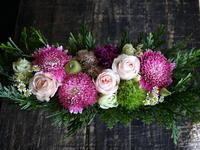 ご出産のお祝いにアレンジメント2種。平岸1条の病院にお届け。2017/09/21。 - 札幌 花屋 meLL flowers