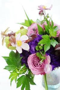 認定校になってもアイロニ花deレッスンは続きます!! - お花に囲まれて