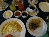 ブーゲンビリア サファリ ロッジでの朝食 - せっかく行く海外旅行のために