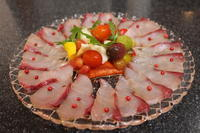 かんぱちの昆布締めの和風カルパッチョと、カステラみたいなお寿司屋さんの玉子焼き - キムチ屋修行の道