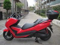 フォルツァSi/ABS入荷 - バイクの横輪