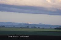 空と大地の色合わせ - ekkoの --- four seasons --- 北海道