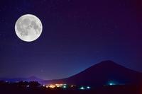 十六夜(いざよい)を合成 - Images of the North