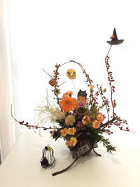 ハロウィンのアレンジメント - **おやつのお花*   きれい 可愛い いとおしいをデザインしましょう♪