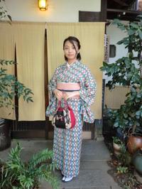 レトロでキュートなお着物、お似合いです。 - 京都嵐山 着物レンタル&着付け「遊月」