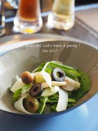 シメジとポテトのサラダ~「9月のテーブルコーディネート&おもてなし料理レッスン」より - ATELIER Let's have a party ! (アトリエレッツハブアパーティー)         テーブルコーディネート&おもてなし料理教室