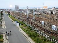 藤田八束の鉄道写真@東青森駅で貨物列車の写真を撮りました・・・貨物列車「金太郎」 - 藤田八束の日記