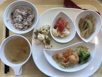 週ナカのランチは社食の健康定食〜♪ - よく飲むオバチャン☆本日のメニュー
