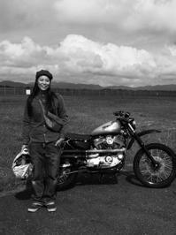 伊藤 花子 & Harley-Davidson XL1200(2017.09.16) - 君はバイクに乗るだろう